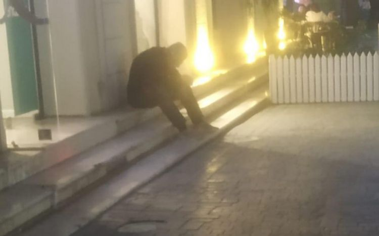 Səyavuş Aslanın oğlu küçələrdə: pul istəyir, ağlayır... -  Rəsmi açıqlama