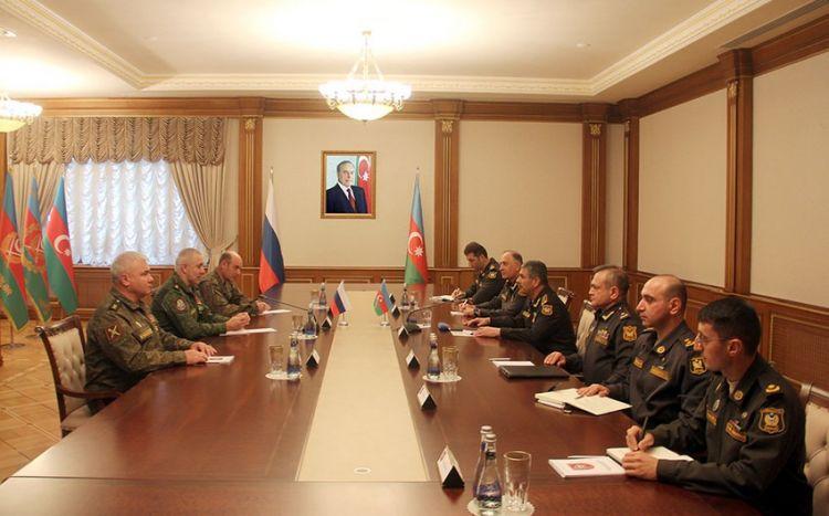Zakir Həsənov sülhməramlıların yeni komandanı ilə görüşdü