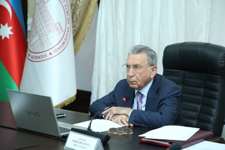 """Ramiz Mehdiyevin işçisindən """"imam"""" açıqlaması:  """"Hər başdanxaraba cavab vermirik"""""""