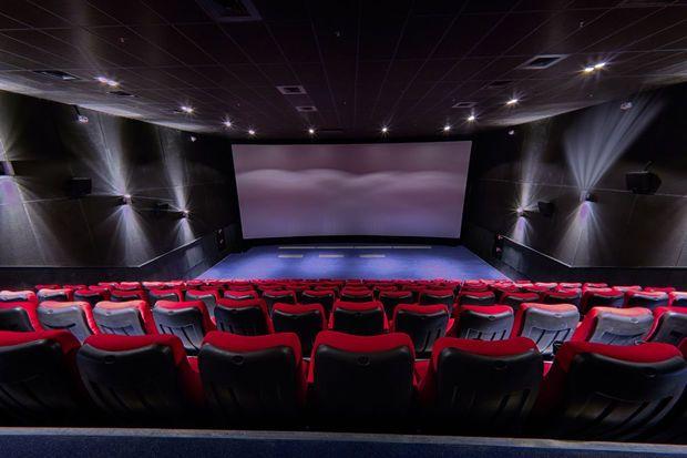 Kinoteatrlarda yeni qaydalar: Maska vacibdir, yanaşı oturmaq olmaz... –  AÇIQLAMA