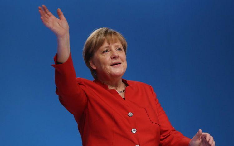 Merkel nə qədər pensiya alacaq?