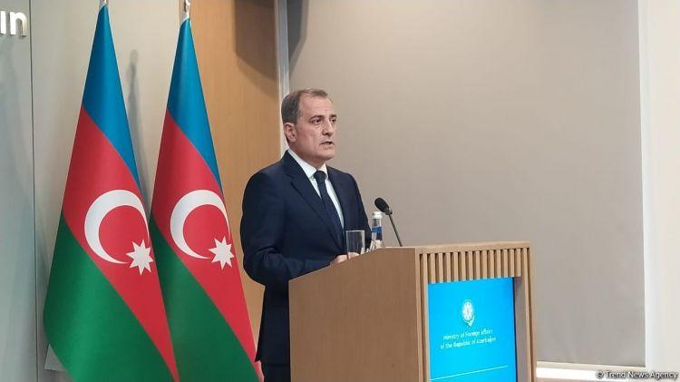 Ermənistan öz seçimini etməlidir -  Ceyhun Bayramov