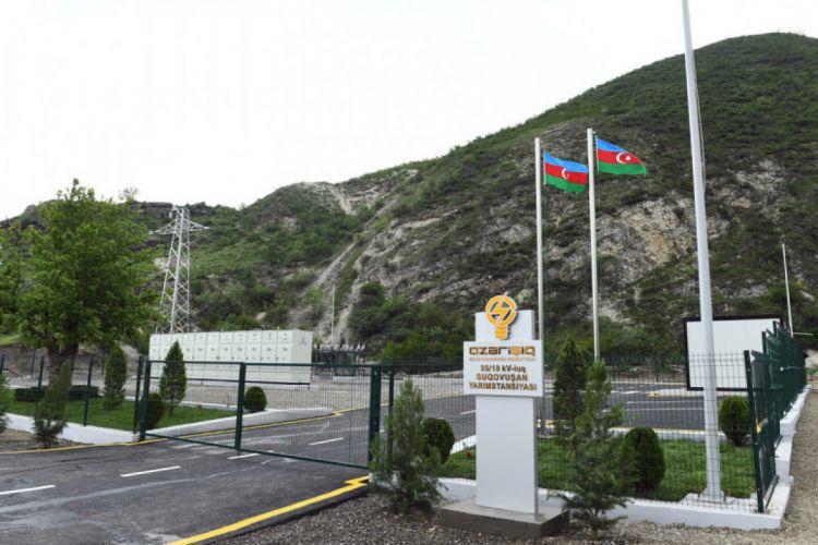 Prezident Talış kəndində və Suqovuşan qəsəbəsində Azərbaycan bayrağını ucaldıb