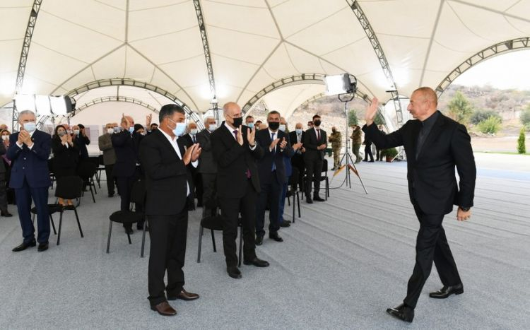 """Azərbaycan lideri:  """"Buna bənzər Qələbə xalqımızın çoxəsrlik tarixində olmayıb"""""""