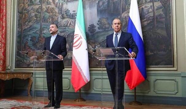Lavrov iranlı həmkarı ilə konfransda niyə əsəbiləşdi?
