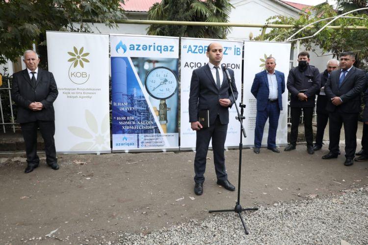 """""""Azəriqaz"""" rəsmiləri Şəmkir sahibkarlarının problemləri ilə tanış olub"""
