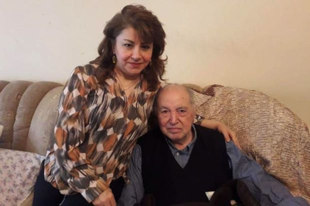 Ailəsi onu atdı, özündən 30 yaş kiçik tələbəsini aldı –  Ağakişi Kazımovun həyat hekayəsi