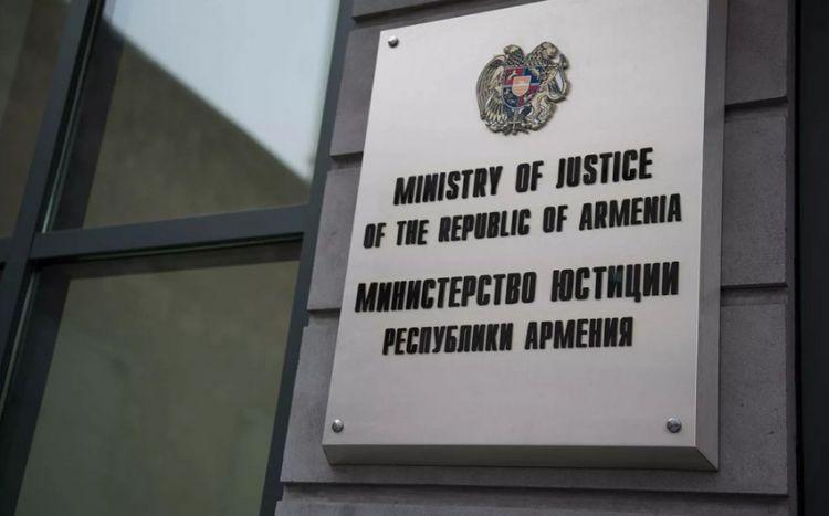 Ermənistan Ədliyyə Nazirliyinin baş katibi işdən çıxarıldı