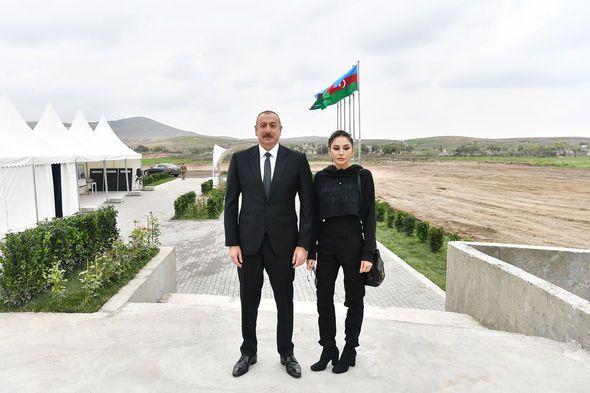 """Füzulinin Dövlətyarlı kəndində """"Ağıllı kənd""""in təməli qoyuldu -  FOTO"""