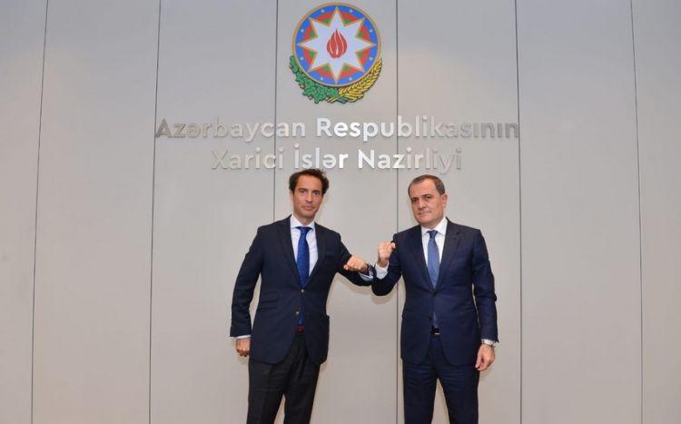 NATO-nun xüsusi nümayəndəsi Azərbaycana təşəkkür etdi -  FOTO