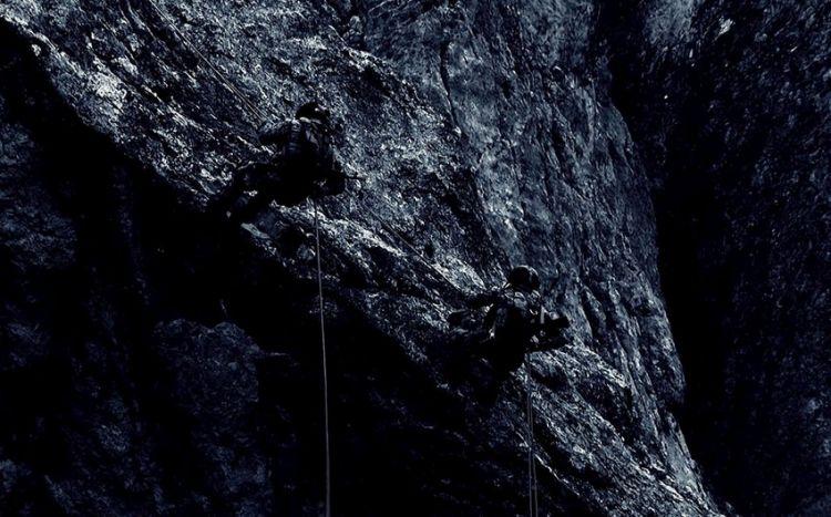 Xüsusi Təyinatlıların gecə şəraitində dağlardakı təlimindən  görüntülər