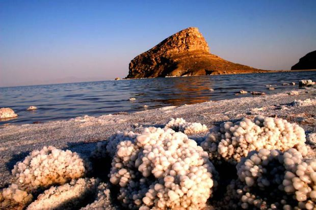 Urmiyə gölü qəstdən qurudulur -  VİDEO