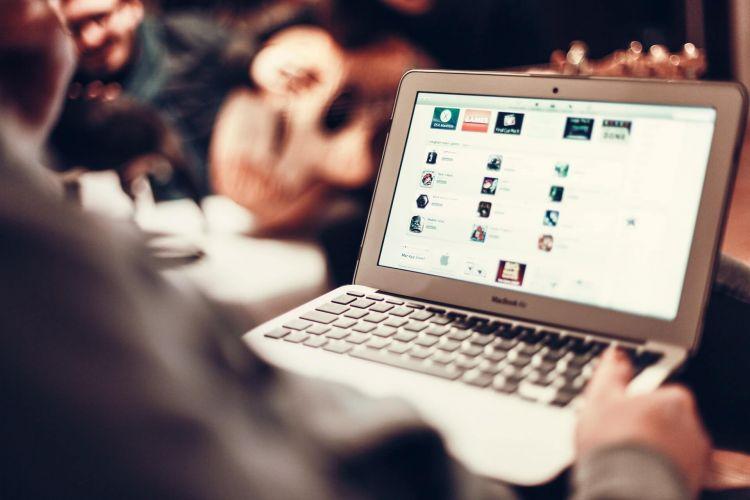 E-sosial.az portalının aktiv istifadəçiləri açıqlandı -  FOTO