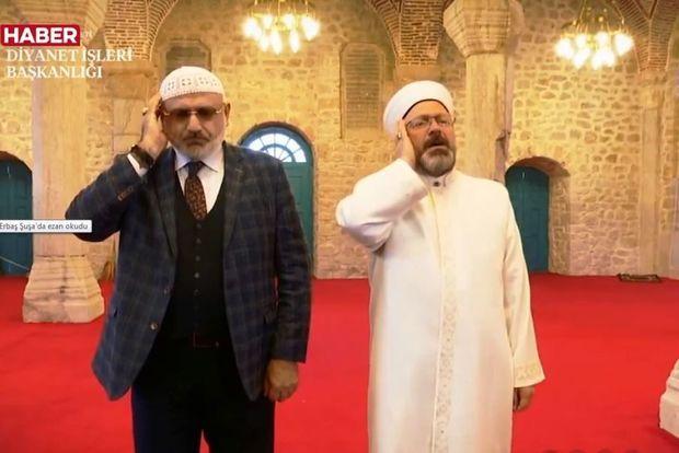 Türkiyə Diyanət İşləri İdarəsinin sədri Şuşada azan oxudu -  VİDEO
